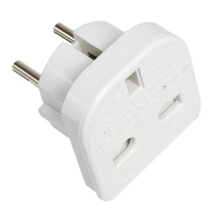mains-plug-adapter
